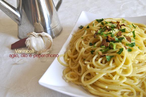 Vermeciell aglie, uoglio e cerasiello