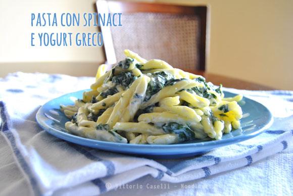 Pasta con spinaci e yogurt greco 2