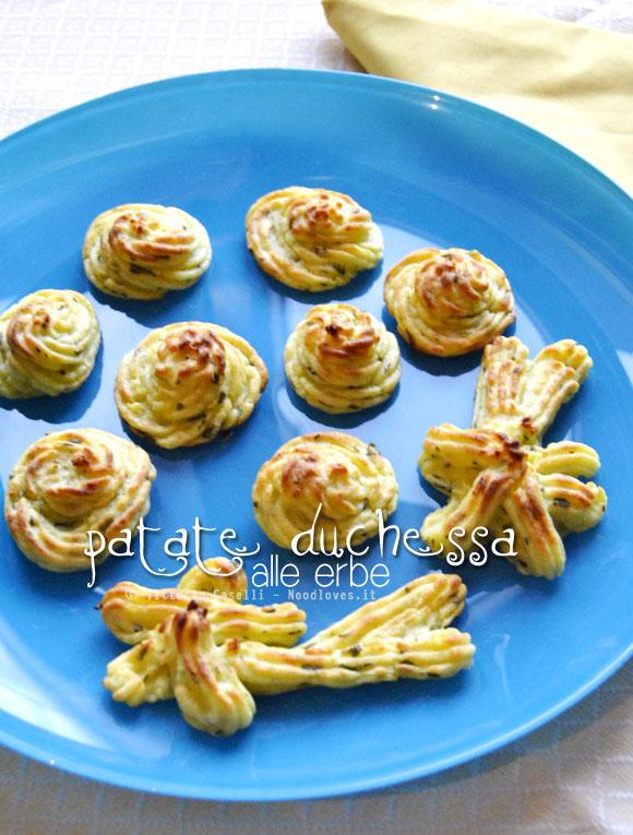 Patate duchessa alle erbe 1