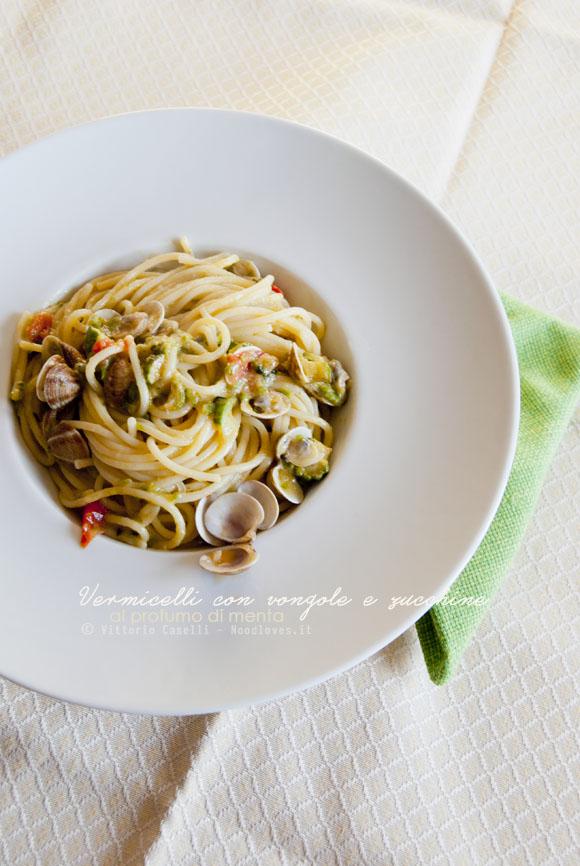 Vermicelli con vongole e zucchine alla menta