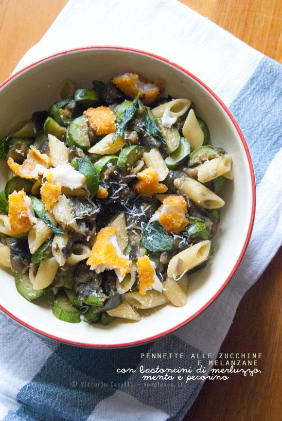 Pennette alle zucchine e melanzane con bastoncini di merluzzo, menta e pecorino