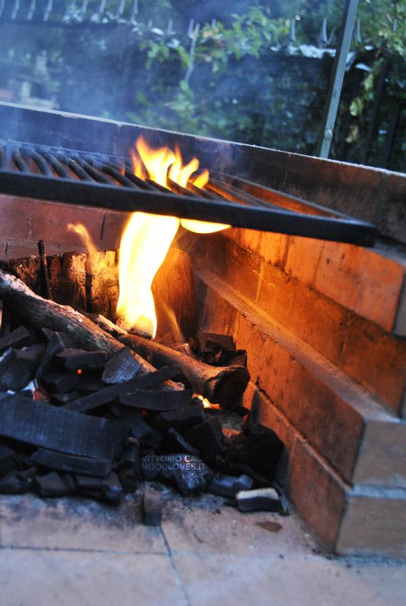 Barbecue Griglia Brace