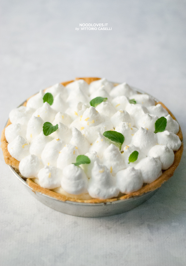 Crostata meringata al limone (Lemon meringue pie)