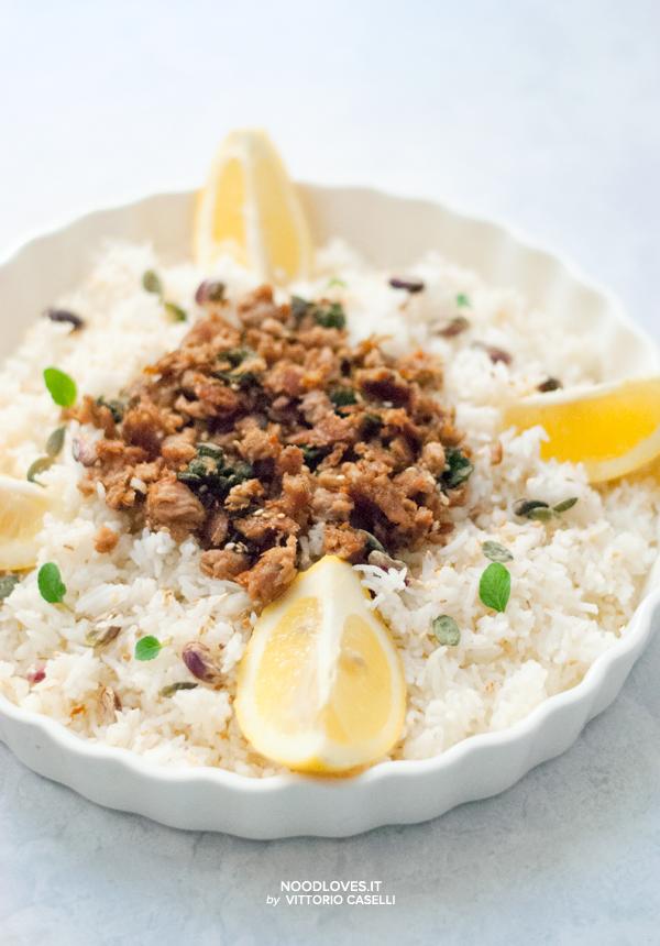 Insalata di riso basmati al limone, tonno e salvia