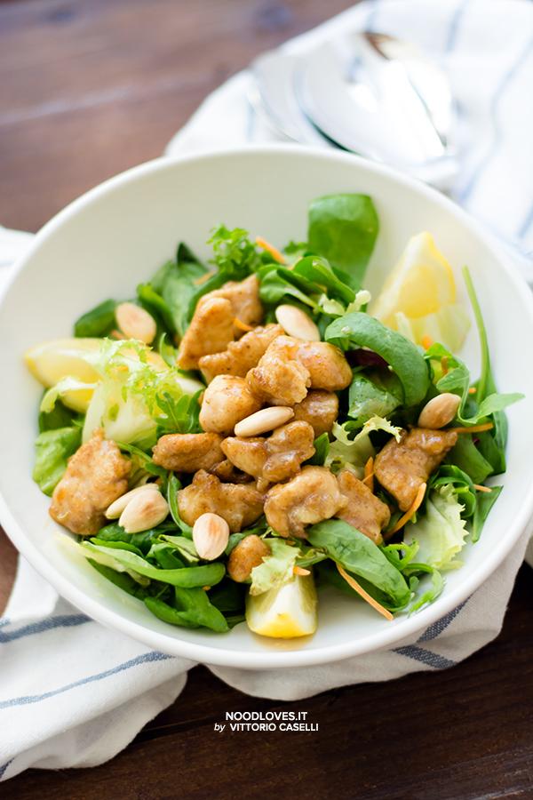 Pollo al limone con spinacino e insalata