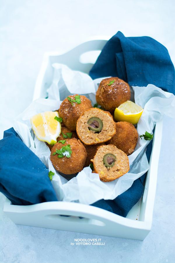 Olive ripiene in crocchette di tonno