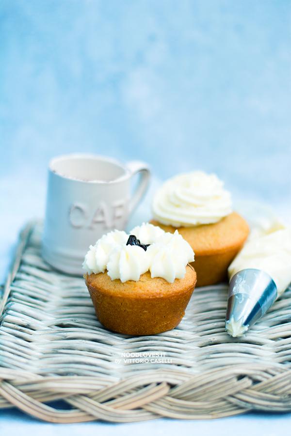 Cupcakes soffici al cioccolato bianco