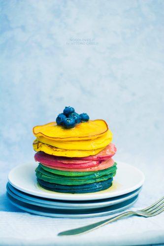 Pancakes alla ricotta, dolci e multicolor