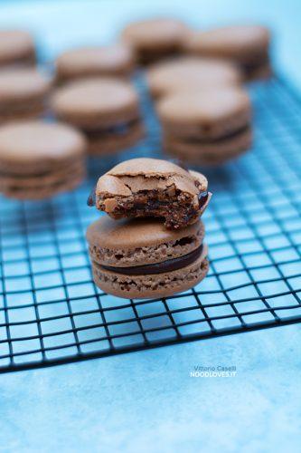 Macarons al cioccolato: ricetta e consigli