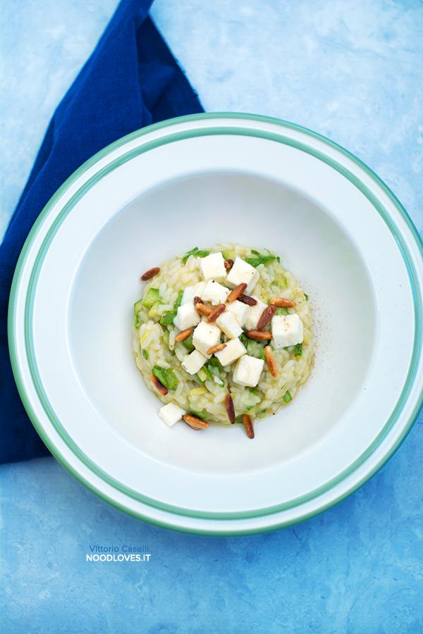 Risotto con zucchine, caciotta, pinoli e miele