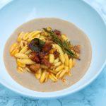 Pasta con crema di fagioli e chorizo