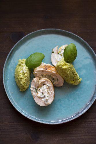 Involtino di pollo con pesto di avocado