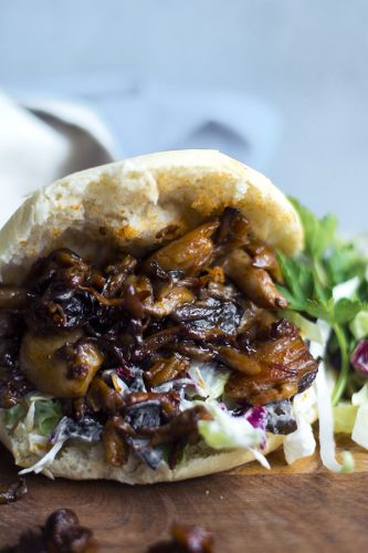 Vegan pulled pork (funghi alla salsa barbecue)